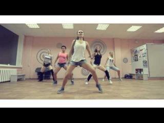 Конечно не Хип-Хоп, но крутой танец Reggaeton