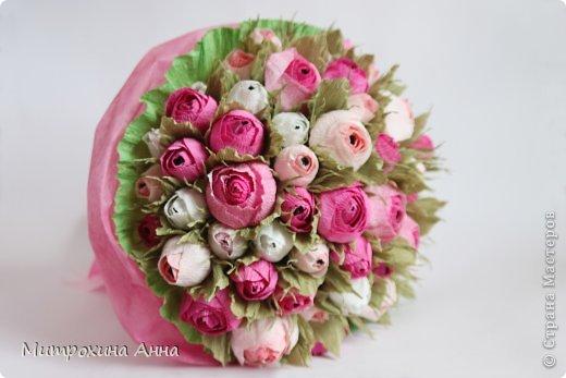 Английская роза из конфет и гофрированной бумаги… (9 фото) - картинка