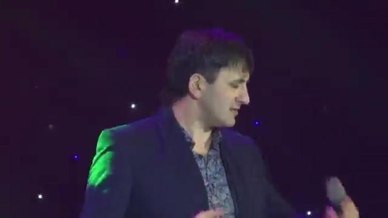 Амир Пугоев 'Время' 9 Волна 2015.mp4