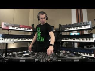 Giuseppe ottaviani @ home studio (vinyl set)