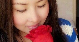 Қазақша Бейне Клип: Мақпал Құлшынбаева - Мен сенің қорғансызыңмын (2014)
