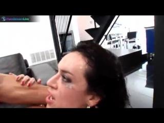 Franceska james is a squirting machine