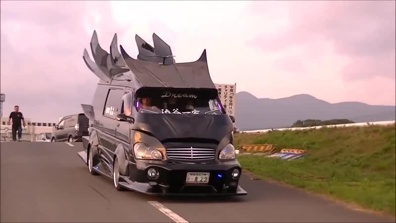 Невероятный тюнинг микроавтобусов в Японии - Japanese Vanning