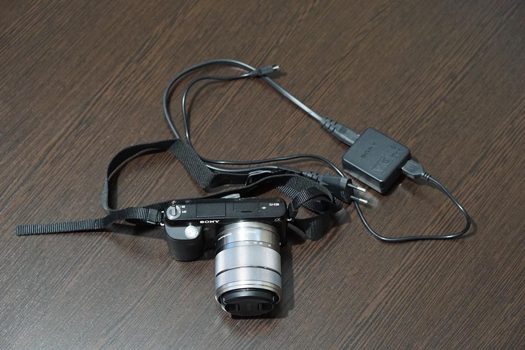 DVzgHm3Sv60.jpg