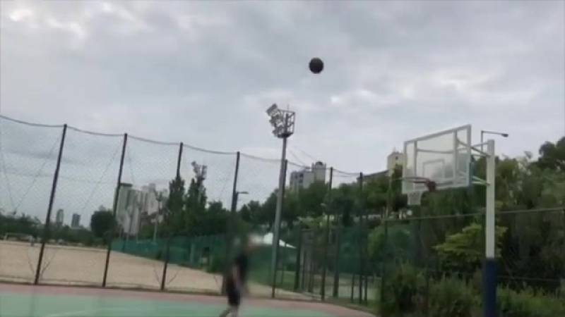 Chenle play basketball pt1