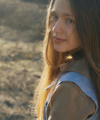 Катя Шабурова, 6 марта , Вольск, id127363822