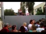(Запорожская область) Мелитополь. Жители блокируют воинскую часть. Люди против войны | 9 июня 2014 года, Сегодня Новости