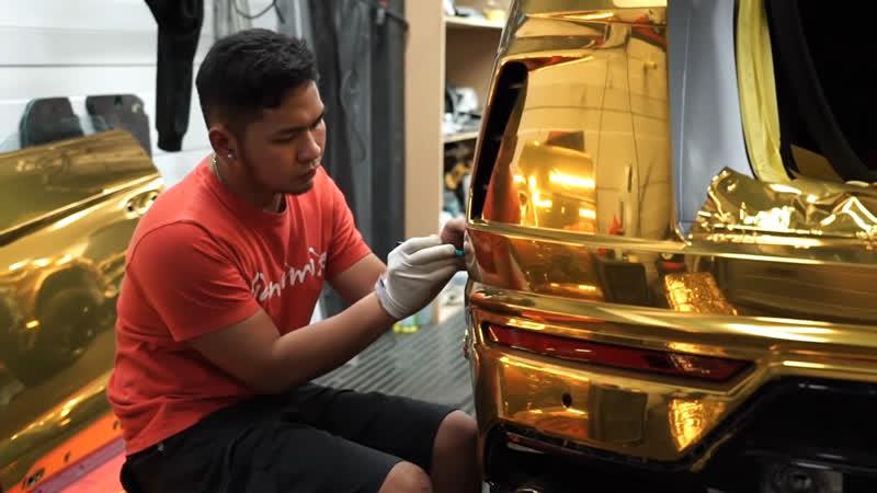 Aubameyang Wraps His Lamborghini Urus