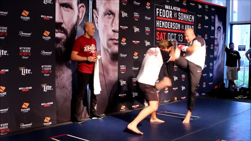 Fedors Open Workout in NYC Times Square for Bellator 208