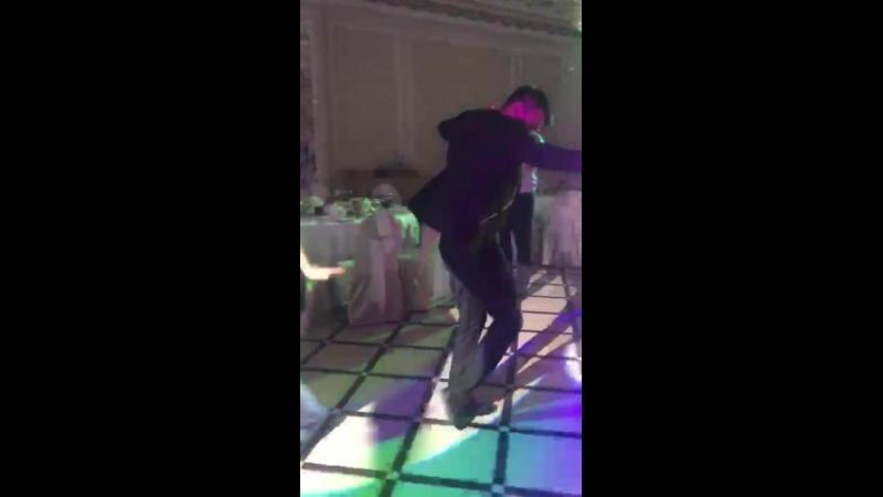 Божечки😍 На своей свадьбе так хочу танцевать со своим муженком😂❤️