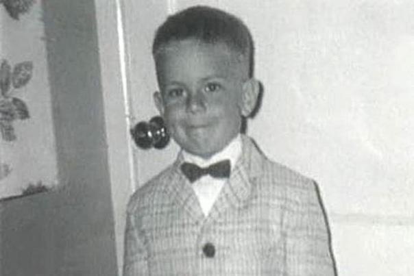 Брюсу Уиллису 65: Чего зрители не знают о Крепком Орешке 19 марта исполняется 65 лет главному супермену Голливуда, знаменитому американскому киноактеру, продюсеру и музыканту Брюсу Уиллису.На