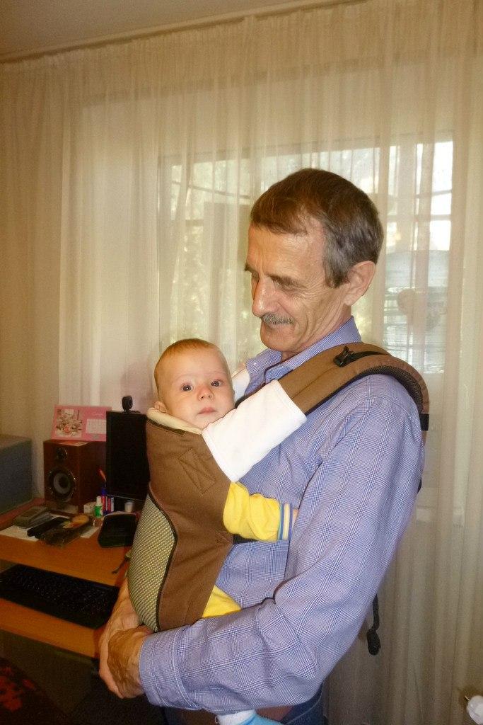 Ребёнок дергается в эрго рюкзаке беговые рюкзаки адидас