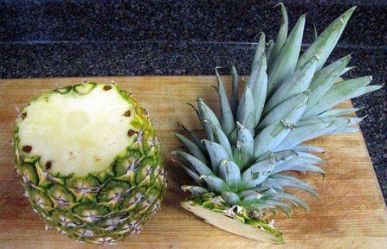 Вы можете вырастить ананас прямо дома, но это займет около 3-х лет.