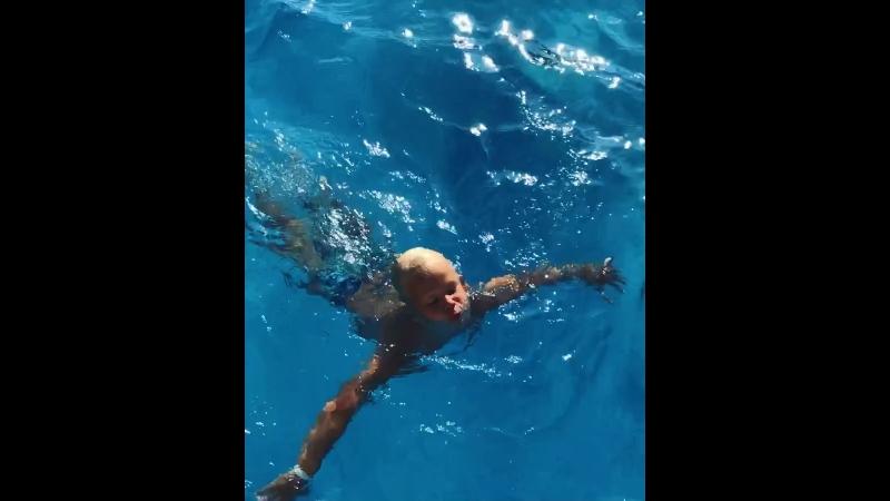 Научились плавать по всякому