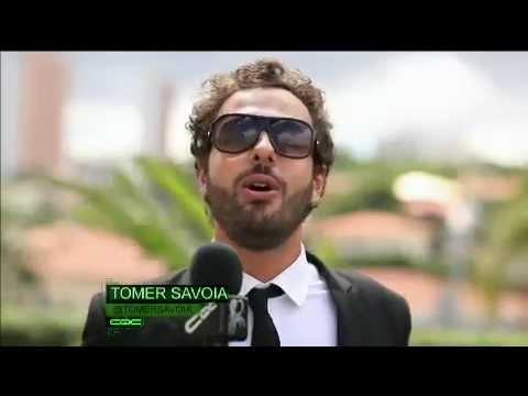 Tomer Savoia descobre as vantagens de ser repórter do CQC