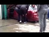 Ужасное ДТП на мойке - A terrible accident at the car wash