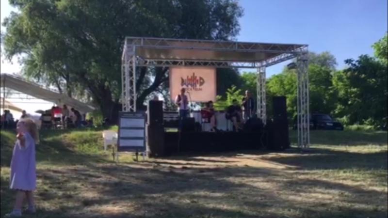 Забавка - Падають зорі (RockBuh Festival)