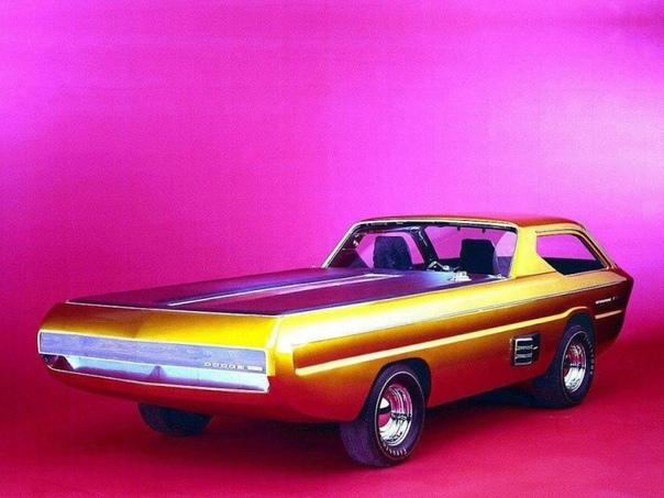 Фотографии концепт-кара Deora. Концепт Deora был изготовлен в середине 60-х годов братьями Майком и Ларри Александер по проекту дизайнера Гарри Брэдли. При создании Deora, за основу был взят