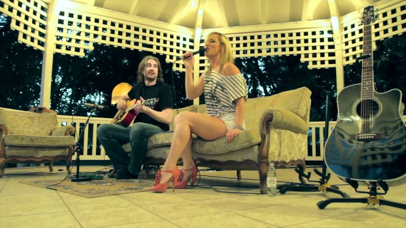 Kings Of Leon Sex On Fire acoustic cover by Tijana Branko LIVE