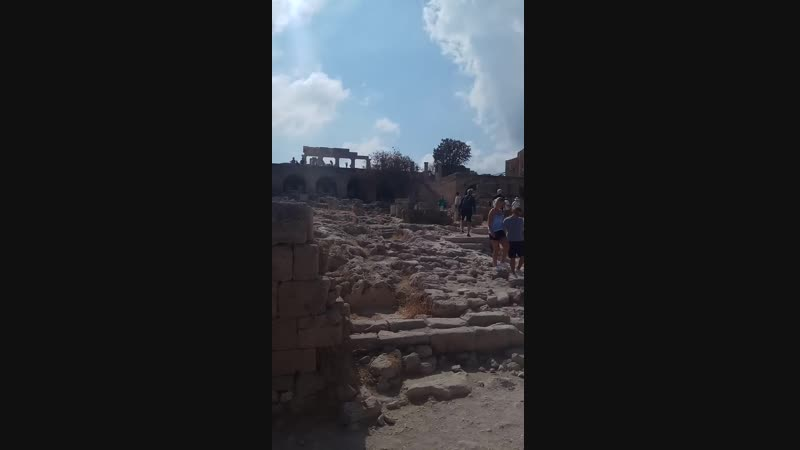 рыцарский замок Линдос, Родос, Греция, сентябрь 2018