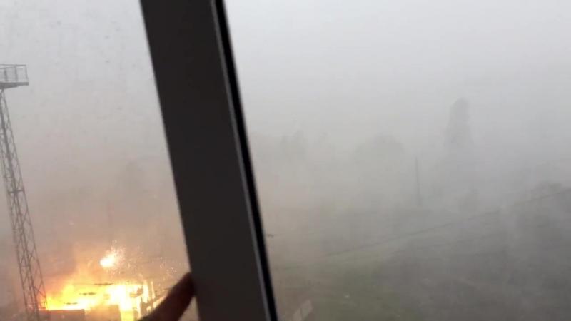 В Миассе после удара молнии вспыхнула электроподстанция ⚡🔥