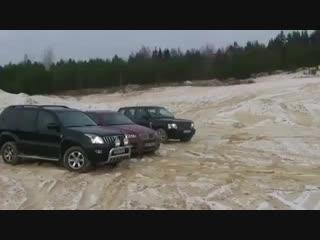 👀BMW X6 vs Toyota Prado vs Range Rover