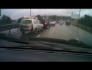 Соблюдайте скоростной режим. Особенно во время дождя.