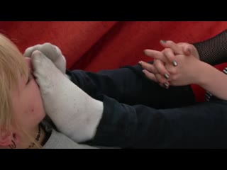 Reeking white socks - фут sock deepthroat fetish sole dirty sole ayak toe tickle foot suck lick sex black boot shoe feet fuß