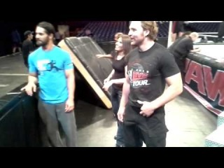 +[Dean Ambrose| Official Fan - Page] Hopping the Barricade with WWE The Shield