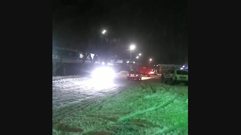 МНСники просять громадян по можливості не покидати домівки без особливої потреби через продовження снігопаду.  золотоноша черк