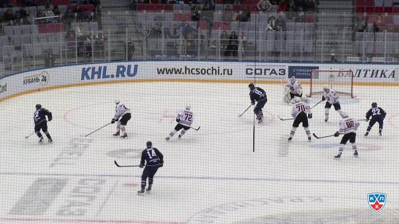 Моменты из матчей КХЛ сезона 14/15 • Гол. 2:3. Зият Пайгин (Хк Сочи) удачно подставил клюшку 25.12
