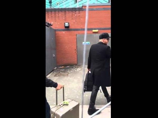 Adam arriving @ Manchester Academy, April 16, Video 2