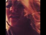 Тот самый момент,когда сидишь у подруги дома уже час,т.к.она еще не готова к выходу.Тот самый момент,когда ты начинаешь сходить с ума от ожидания,снимать кучу видео и фото о том,как едет твоя крыша...и тд и тп)))))Ну,у каждого же так было?) Вот и моя очер