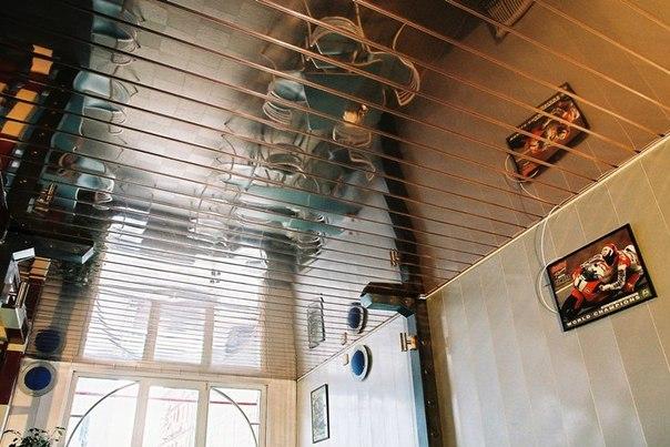 Зеркальный потолок от производителя в СПб