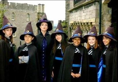 Школа Ведьм XaJVT9s-Rhk