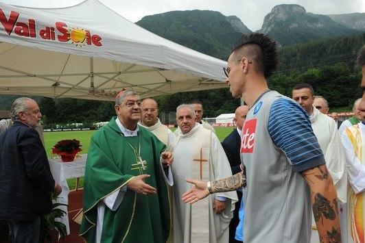 Кардинал Сепе прибыл в Димаро для благословения команды