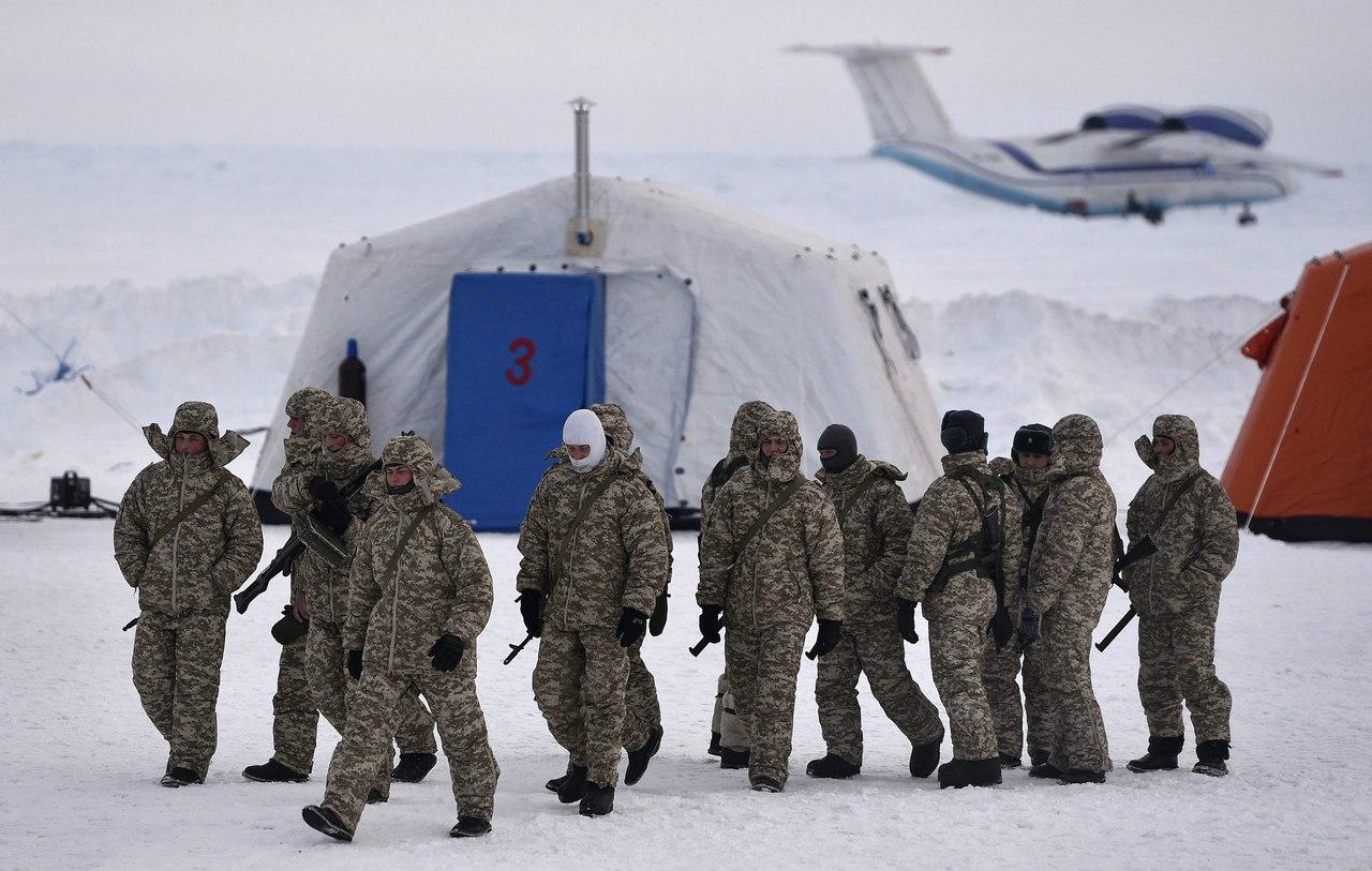 Россия наращивает группировку войск в Арктике