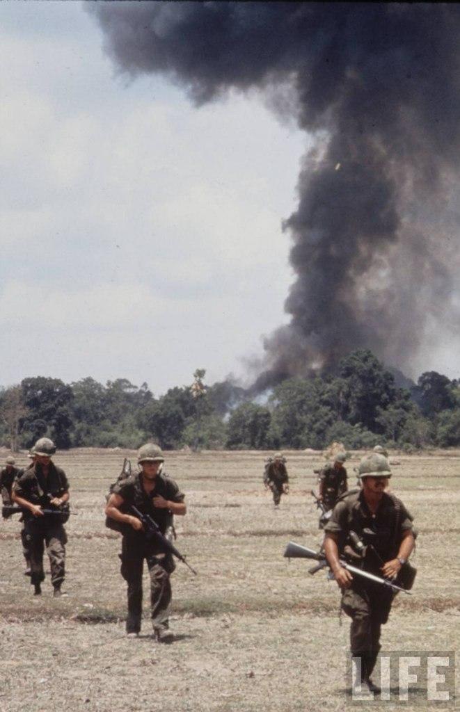 guerre du vietnam - Page 2 VfJvUPh3JK4