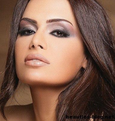 Вечерний макияж для голубых глаз блондинки