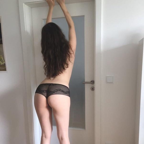Hardcore sex and blowjob introducing sexy tara
