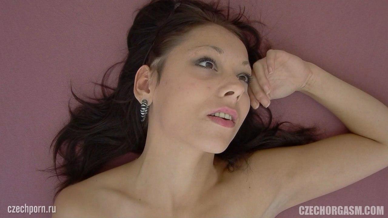 Оргазм на лице у девушки