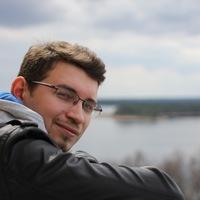 Максим Антонов