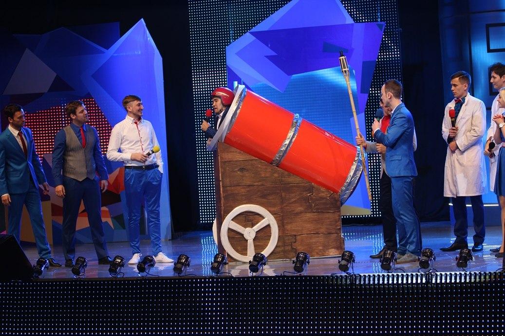 Текстовый онлайн Финала Первой Лиги КВН 2013.