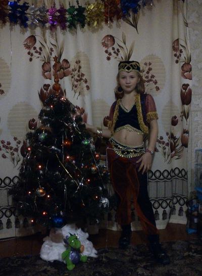 Виктория Луговская-Азова, 9 апреля , Никель, id207022762