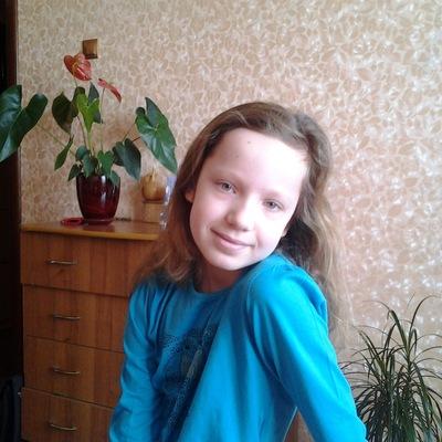 Елизавета Зиновьева, 20 апреля , Москва, id205856747