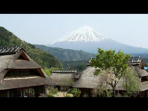 春の西湖いやしの里根場/Saiko 'Iyashi no sato NENBA'(Healing Village).in Spring