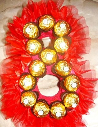 Букет из конфет своими руками на 8 марта фото