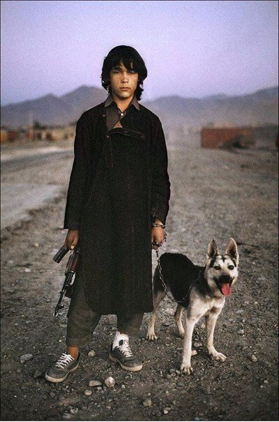 Внук Саддама Хуссейна – храбрейший мальчик XXI века. Он гонял 6 часов американский спецназ (400 человек)