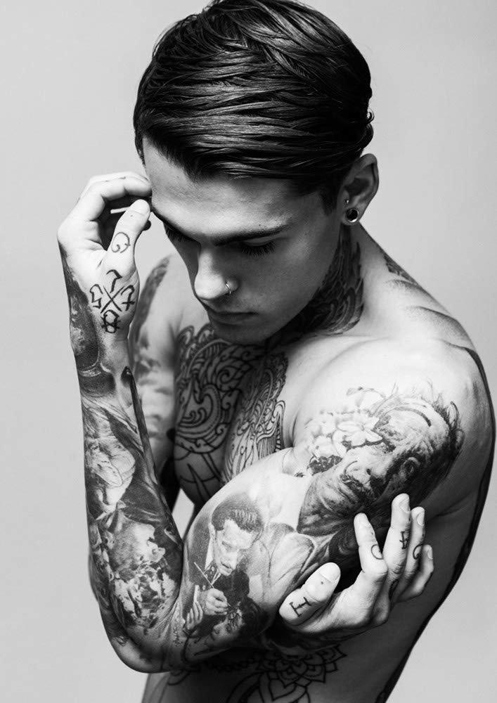 nasa guy with tattoos - 707×1000