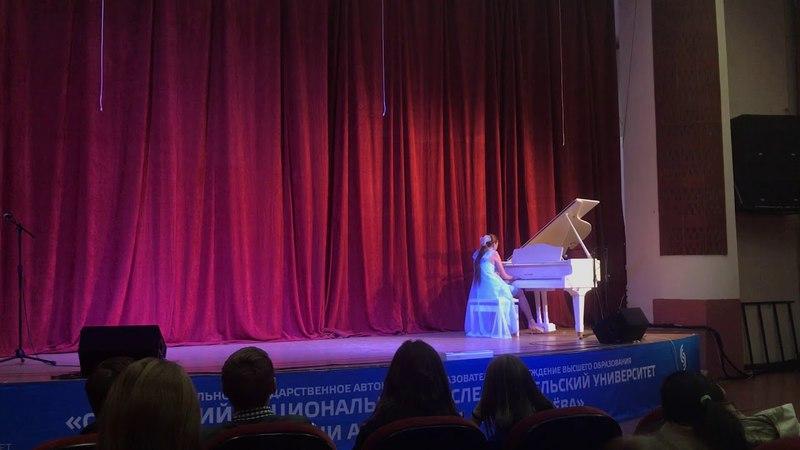 Людвиг Ван Бетховен - Соната № 14 до-диез минор (Лунная соната) (1 часть)